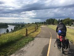 Radweg mit Sicht auf Calgary