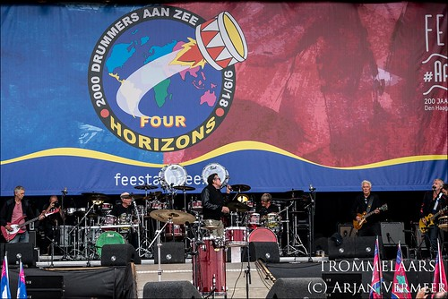 """Four Horizons - 2000 drummers at sea • <a style=""""font-size:0.8em;"""" href=""""http://www.flickr.com/photos/49926820@N08/30731600188/"""" target=""""_blank"""">View on Flickr</a>"""