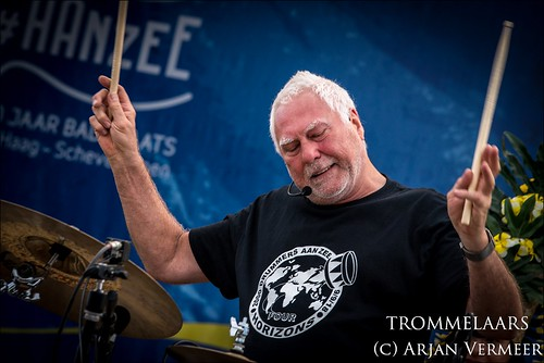"""Four Horizons - 2000 drummers at sea • <a style=""""font-size:0.8em;"""" href=""""http://www.flickr.com/photos/49926820@N08/30731572488/"""" target=""""_blank"""">View on Flickr</a>"""