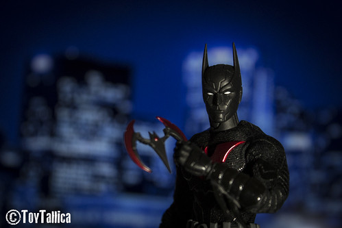 toyphotography toys batman gotham batmanbeyond mezcotoyz... (Photo: ToyTallica on Flickr)