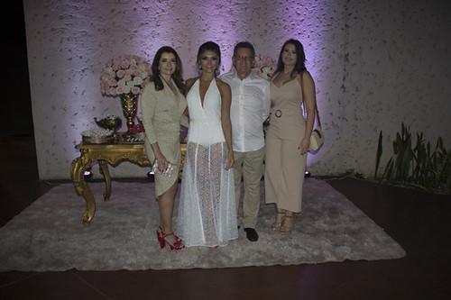 Rosane Franco, Carlos e Larissa