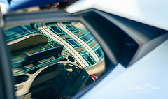 Lambroghini sside window reflections