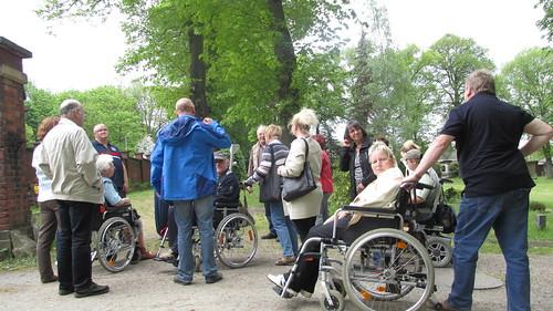 """Nachmittag im Arboretum Plauen ehemaliger Friedhof_2 mit Bernhard Weisbach • <a style=""""font-size:0.8em;"""" href=""""http://www.flickr.com/photos/154440826@N06/45097626701/"""" target=""""_blank"""">View on Flickr</a>"""