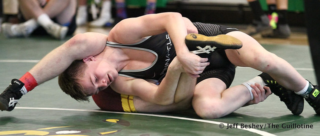 126 Semifinal - Jake FitzPatrick (Mahtomedi) won by decision over Ryan Scherber (Buffalo) Dec 10-3. 181020AJF0098