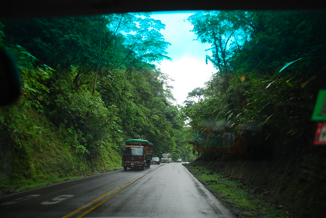Road through Braulio Carrillo