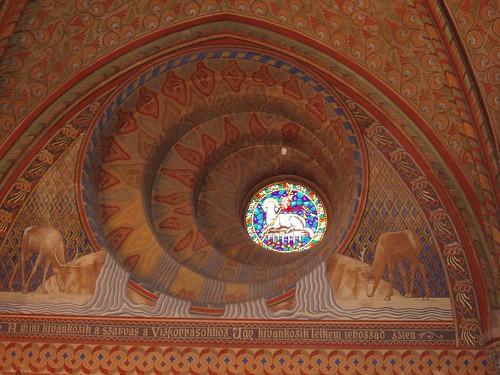 200509300066_St_Mathias_interior
