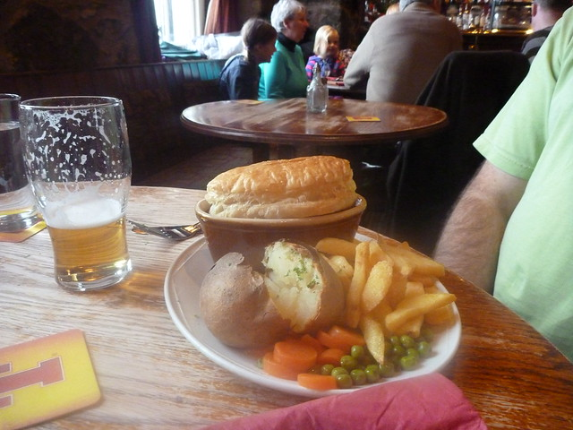 Stirling - Two potatoes plus pastry at the Portcullis