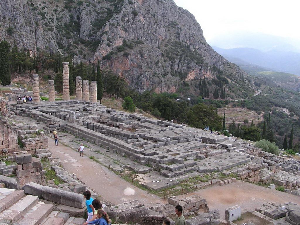 Grecia Oráculo de Delfos Templo de Apolo 32