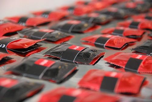 كبوت / condoms