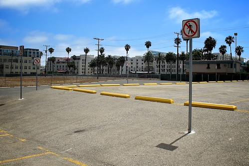 Surface Parking Lot To Become Santa Monica Civic Center Public Park In 2012