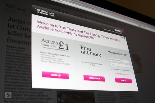Buitenlandse media experimenteren met betalende nieuwswebsites en kennen wisselend succes