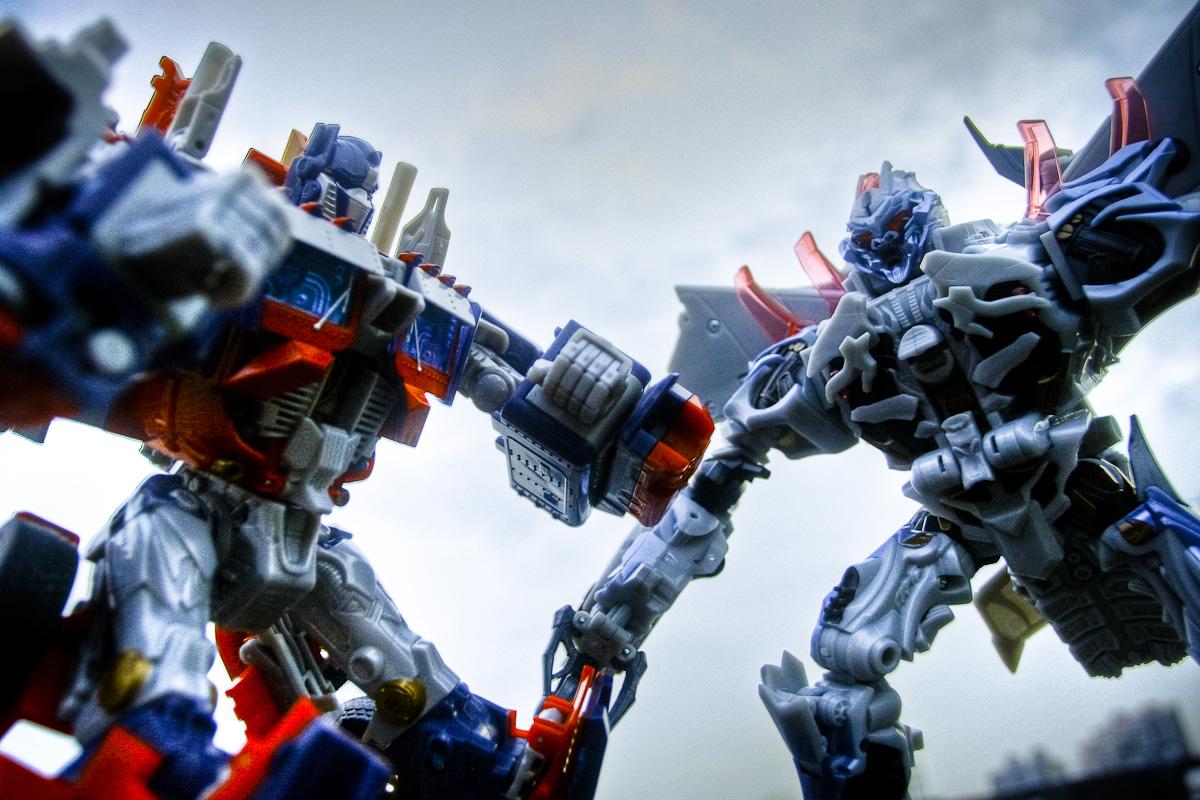 Optimus Transformers Prime Megatron Prime Toys Vs