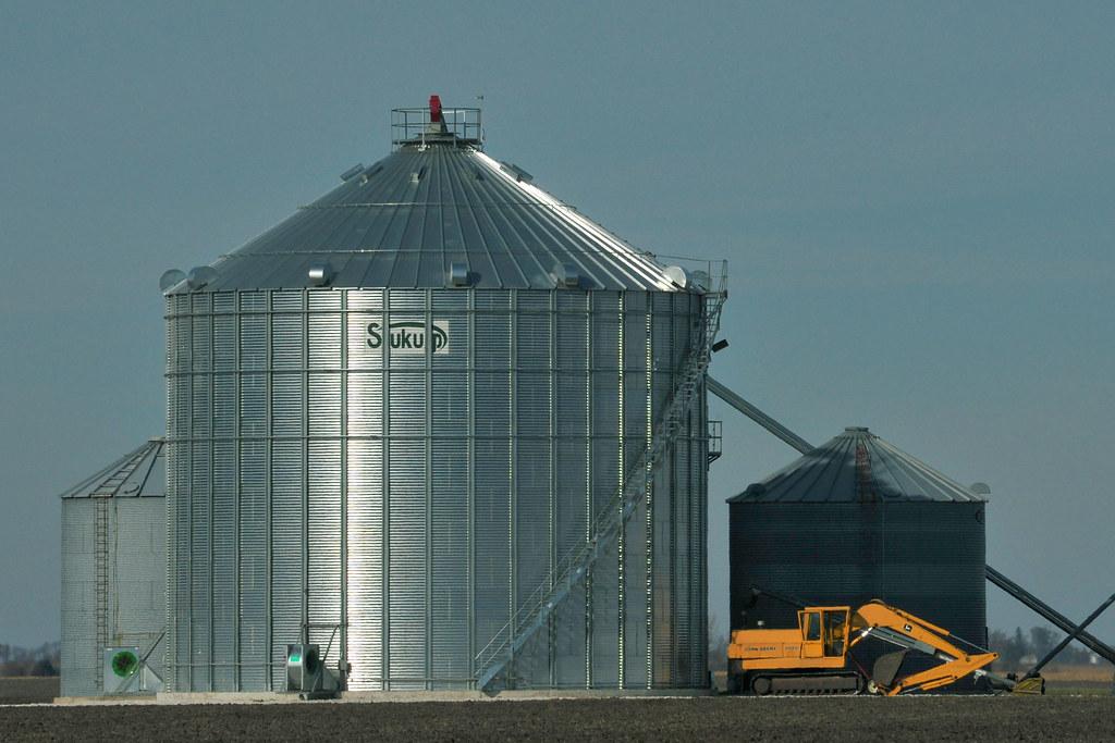 Grain Storage on the Prairie