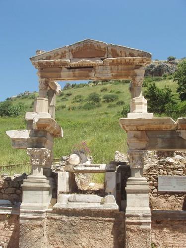 201005030005_Efes
