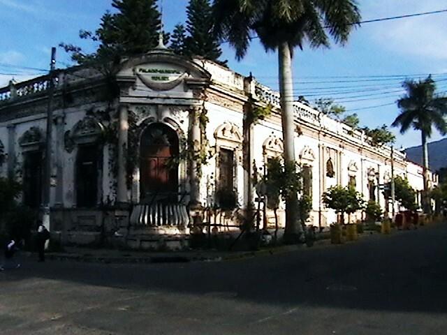 Santa Tecla, El Salvador | Antiguo edificio de la Alcaldìa ...