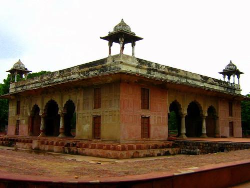Roshanara Bagh
