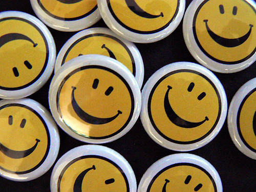 "smiley face 1"" pin-back button or magnet by Traci Bunkers"