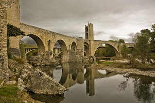 Pont Vell de Besalú (Old bridge Besalú - Catalonia)