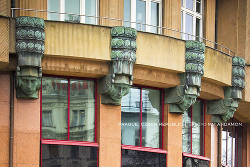 Art Deco Detail 02