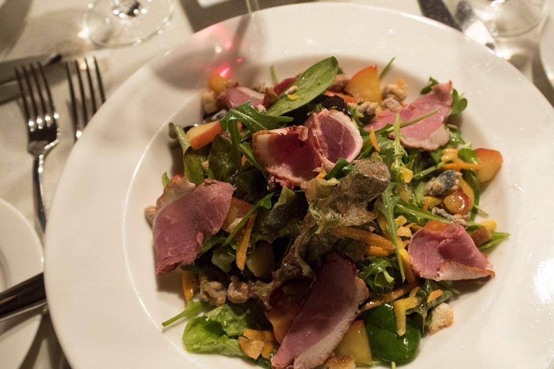warm-winter-duck-salad-museum-restaurant-st-anton