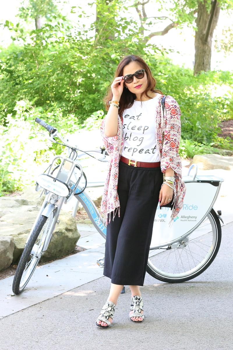 eat-sleep-blog-repeat-shirt-culottes-kimono-snake-print-sandals-13