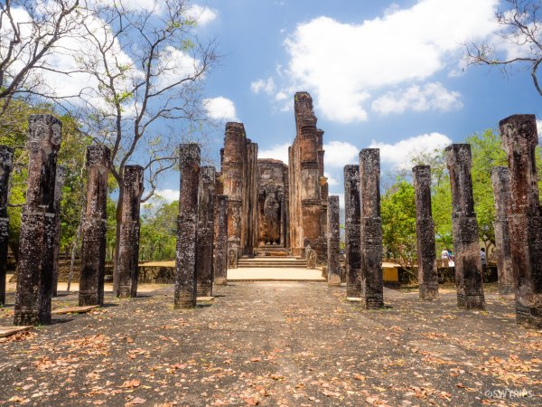 Lankatilaka (2) - Pollonnaruwa, Sri Lanka.jpg
