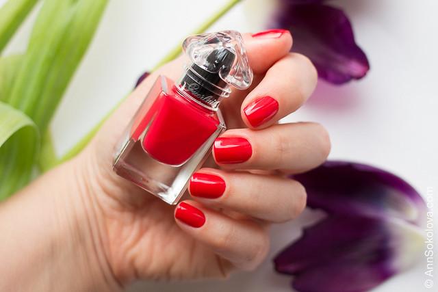02 Guerlain La Petite Robe Noire Nail Colour #003 Red Heels swatches Ann Sokolova
