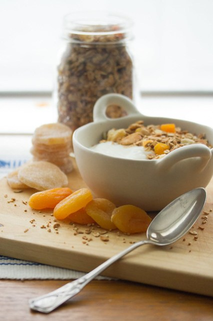 Ginger-Almond Granola with Vanilla Yogurt