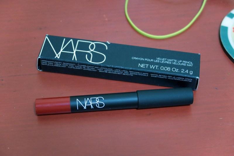 NARS Velvet Matte Lip Pencil in Cruella 20151024_094132