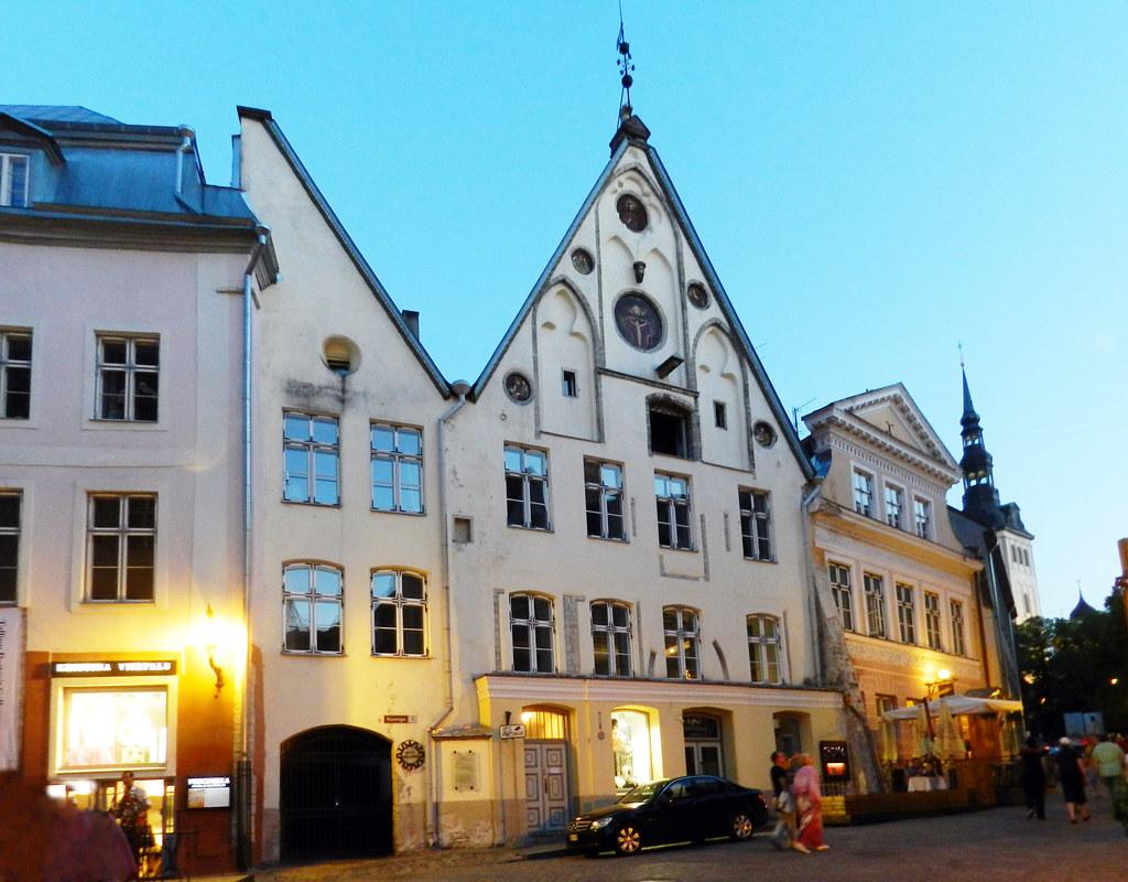 Vanalinn ciudad vieja baja Casco Histórico Tallin Estonia 05