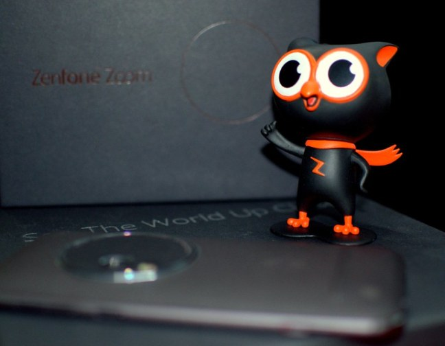 Once again Zenny, Inviting me to grab the beauty Asus Zenfone Zoom #GetUpClose