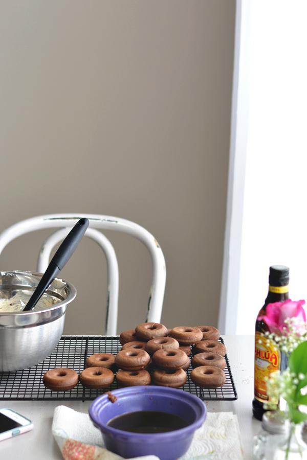 Mocha Doughnut Tiramisu / bethcakes.com