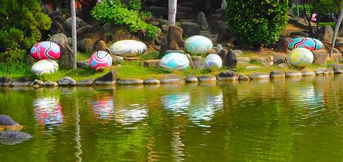 成功湖の謎の石