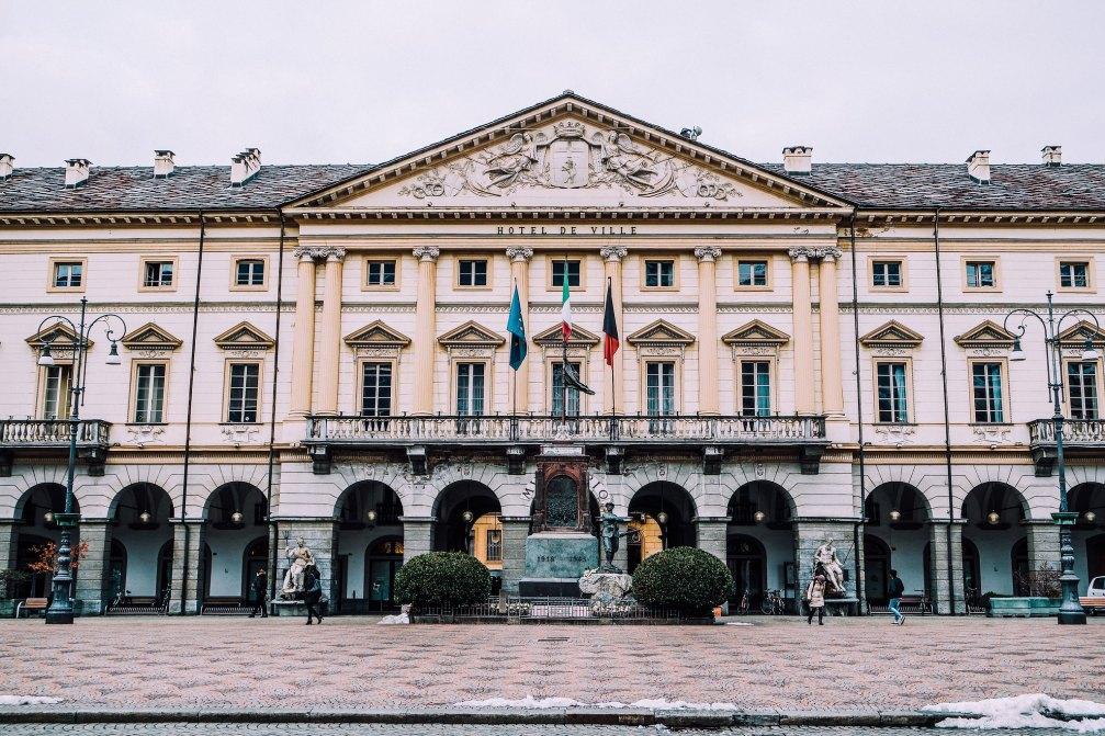 Hotel de Ville (Aosta)