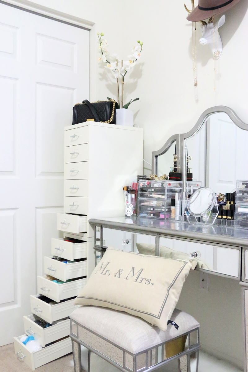vanity area, makeup drawers, master bedroom