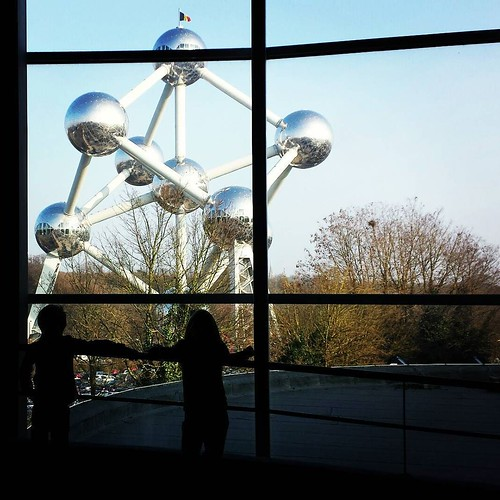 Maybe next time we're in Brussels, we'll visit the atomium ... #visitbrussels #atomium