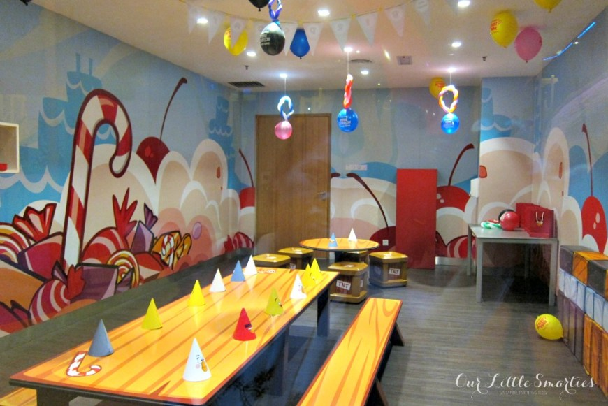 Angry Birds Activity Park Party Room