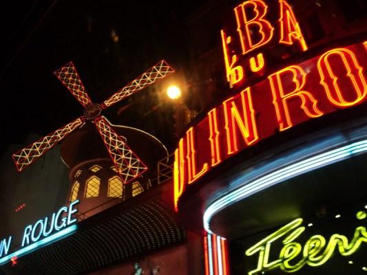 Paris Moulin Rouge - the tea break project solo female travel blog