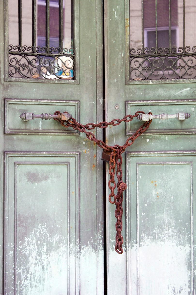 wilmington-brandywine-historical-cemetary-locked-doors