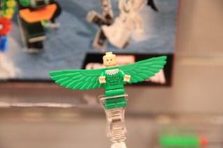 LEGO Marvel 76058 Doc Ock's Tentacle Trap 9