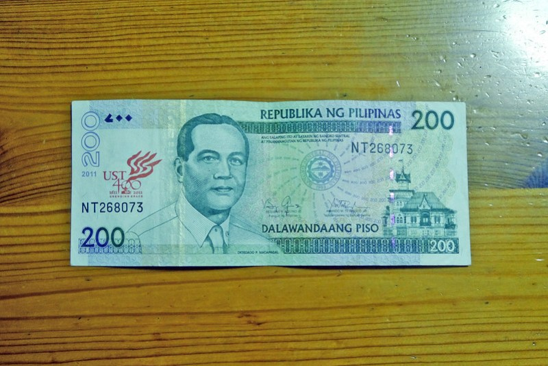 20160227_224426 Old Peso Bills