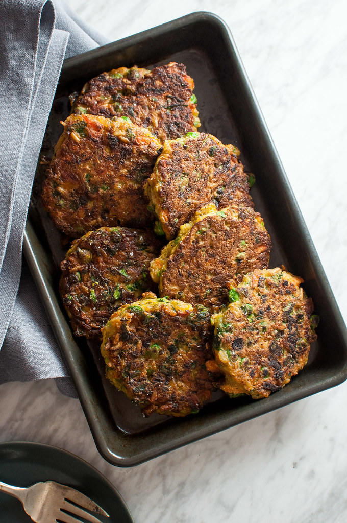 All the best parts of fried rice pan fried into savory pancakes delicious at breakfast, brunch, or dinner! Gluten free, plus they're full of fiber and healthy greens.