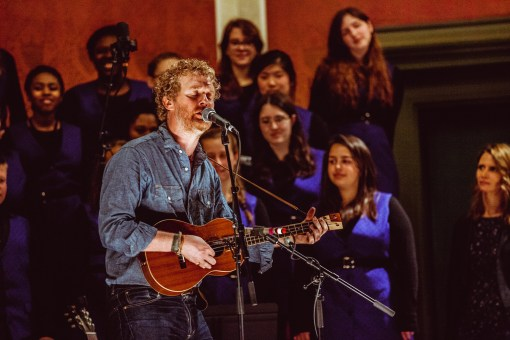 Glen Hansard w/ Brooklyn Youth Choir