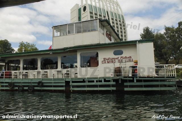 Restaurant Flotante Camino de Luna - Valdivia