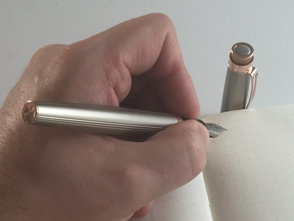 Retro 1951 Tornado White Nickel EXT fountain pen