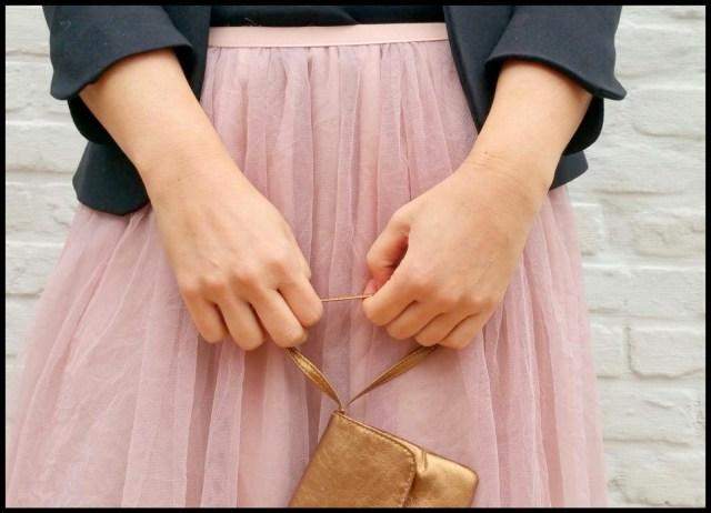 tule/chiffon skirt (hands)