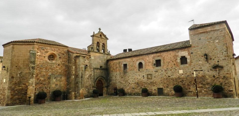 Convento San Pablo Plaza de San Mateo Caceres 02
