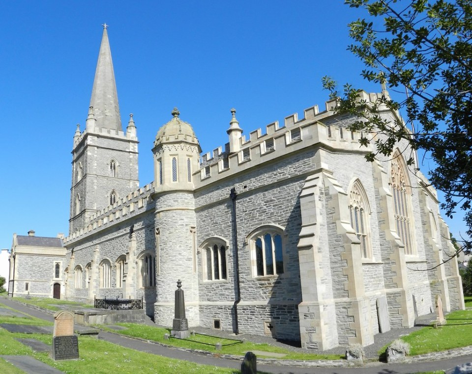 Exterior Catedral San Colombo o Columba Londonderry Ulster 05
