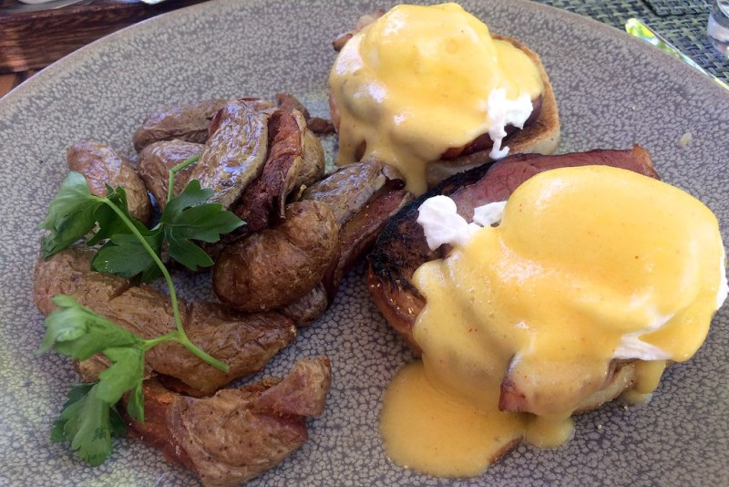 Eggs Benedict, Canadian bacon, hollandaise sauce