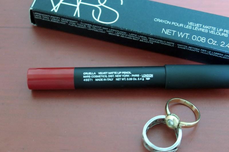 NARS Velvet Matte Lip Pencil in Cruella 20151024_094505
